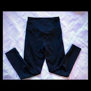 The girlfriend collective black leggings szS
